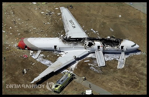 韓国旅客機アシアナ、着陸事故に...